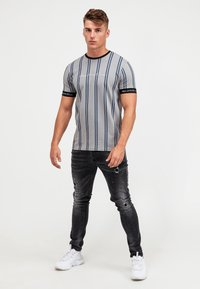 Kings Will Dream - CLERTON - Print T-shirt - grey/navy - 1
