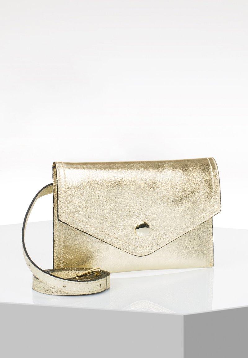 RISA - Bum bag - gold
