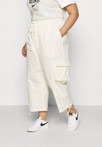 Nike Sportswear - CLASH PANT - Trousers - coconut milk - 0