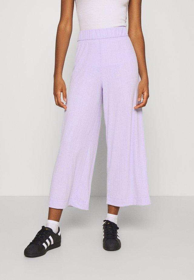 CILLA TROUSERS - Pantalones - lilac