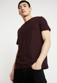 Burton Menswear London - BASIC CREW 7 PACK - Camiseta básica - multi colour - 5