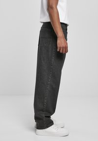 Urban Classics - Relaxed fit jeans - black acid washed - 4
