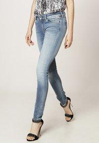 Replay - HYPERFLEX LUZ - Jeans Skinny Fit - blue - 2