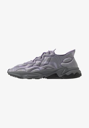 OZWEEGO TECH - Sneakersy niskie - purple/black