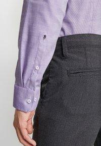 Seidensticker - SLIM FIT - Košile - purple - 3