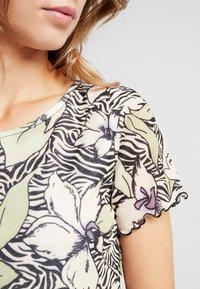 Dorothy Perkins Petite - TEE - Print T-shirt - multi - 4
