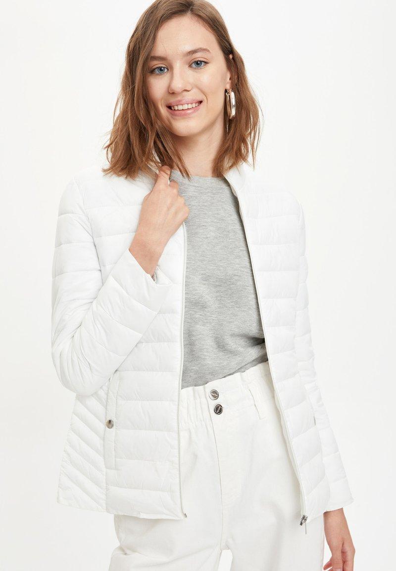 DeFacto - Winter jacket - white
