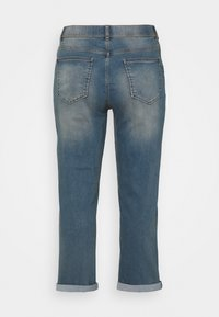 CAPSULE by Simply Be - BOYFRIEND - Relaxed fit jeans - light vintage blue - 1