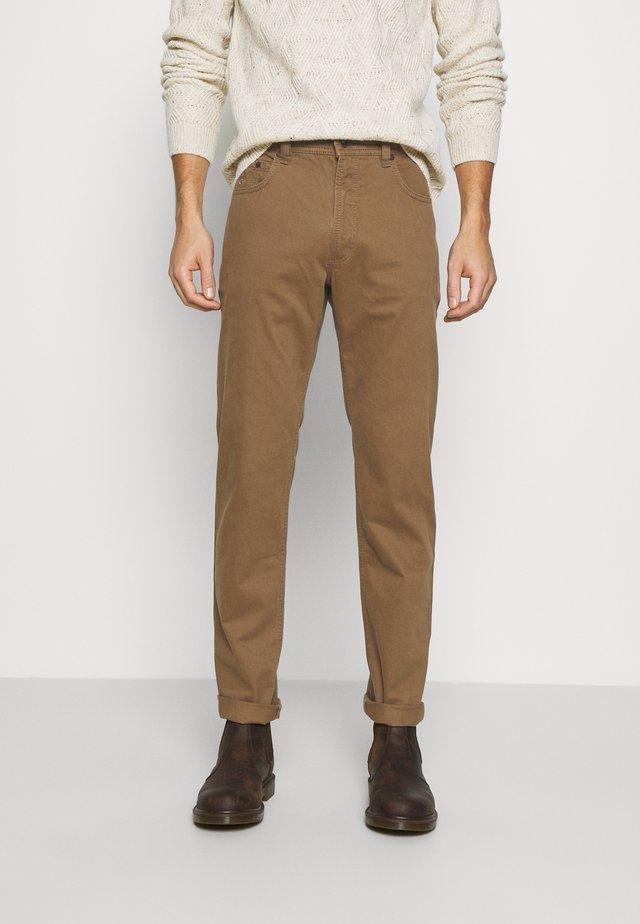NEVADA - Spodnie materiałowe - beige
