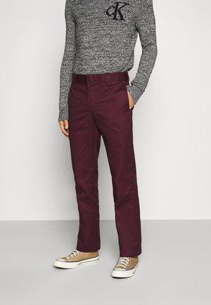 873 SLIM STRAIGHT WORK PANT - Pantalon classique - maroon