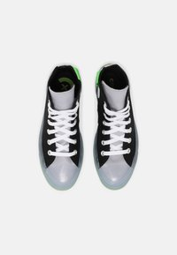 Converse - CHUCK TAYLOR ALL STAR COLORBLOCKED - High-top trainers - black/gravel/bold wasabi - 3
