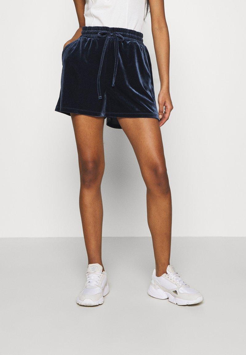 Pieces - PCGIGI - Shorts - navy blazer