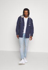 Levi's® - HOODED JACKSON OVERSHIRT - Summer jacket - dress blues - 1