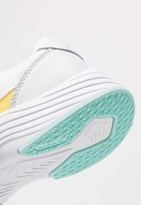 Mexx - EVI - Sneakersy niskie - white/yellow - 2