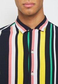 Jack & Jones - JORTEDDY - Camisa - navy blazer - 5