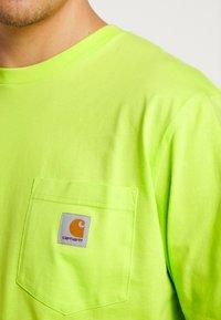 Carhartt WIP - POCKET  - Long sleeved top - lime - 5