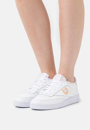 CLUB C 85 - Tenisky - footwear white/frost berry