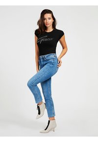 Guess - LOGO STRASS - T-shirt con stampa - schwarz - 1