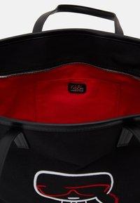 KARL LAGERFELD - IKONIK OUTLINE - Shopping Bag - black - 3