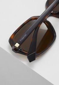 Polaroid - Sluneční brýle - brown - 3