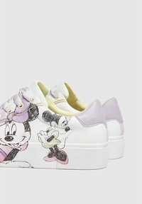 PULL&BEAR - MINNIE MAUS - Sneakers basse - off-white - 4