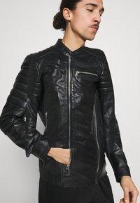 Freaky Nation - SHEEP CHARLY ACTION - Leather jacket - black - 5