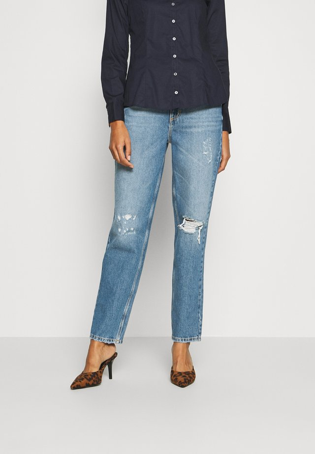 MOM JEAN - Jeansy Relaxed Fit - myfair