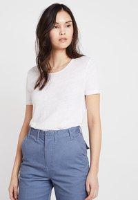 American Vintage - LOLOSISTER SLUB ROUND NECK - Basic T-shirt - blanc - 0