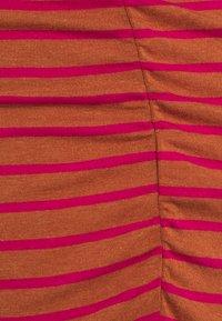 GAP Maternity - FUNNEL - Topper langermet - pink/orange - 2