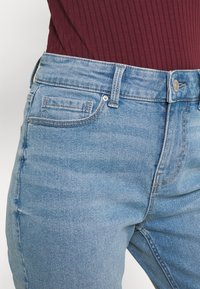 Pieces - PCLUNA  - Jeans straight leg - medium blue denim - 5