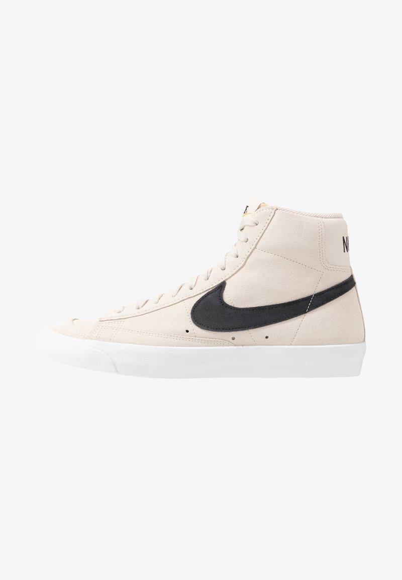 Nike Sportswear - BLAZER MID '77 UNISEX - Höga sneakers - light orewood brown/black/white/total orange
