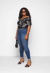 JUNAROSE - by VERO MODA - JRFOUR - Slim fit jeans - medium blue denim - 1
