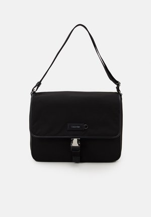 URBAN UTILITY FLAP MESSENGER - Laptop bag - black