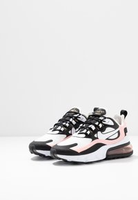 Nike Sportswear - AIR MAX 270 REACT - Baskets basses - black/white/bleached coral/metallic gold/university red - 6