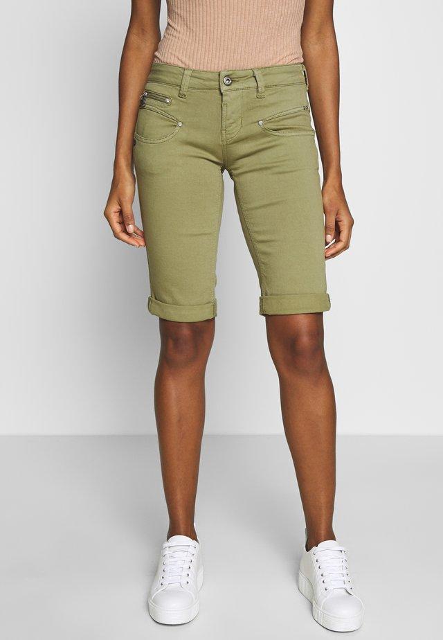 BELIXA NEW MAGIC - Denim shorts - deep lichen green