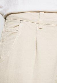 Envii - ENBRITTA JEANS  - Straight leg jeans - beige - 5