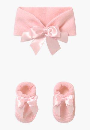 FIOCCO SET - Andre accessories - rosa