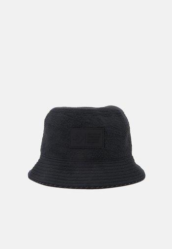 THE CLASSIC BUCKET UNISEX - Hatt - black