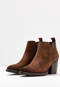 Pinto Di Blu - Ankle boots - cognac - 4