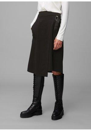 A-line skirt - pure black