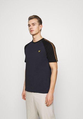 COLOUR BLOCK - T-shirt - bas - dark navy