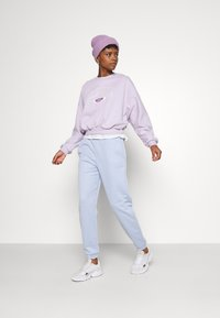 Gina Tricot - EVE  - Sweatshirt - orchid - 1