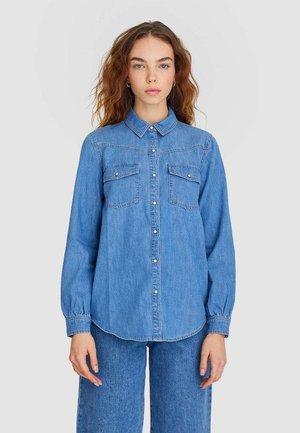 Button-down blouse - blue