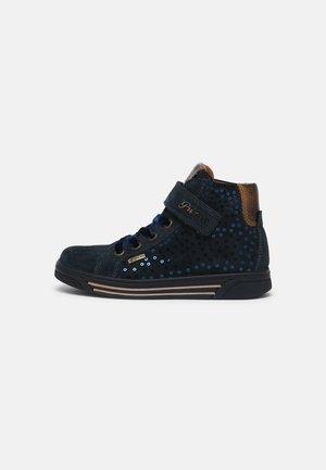 Sneakers hoog - navy/bronzo