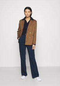 Who What Wear - Pantalon classique - navy - 1