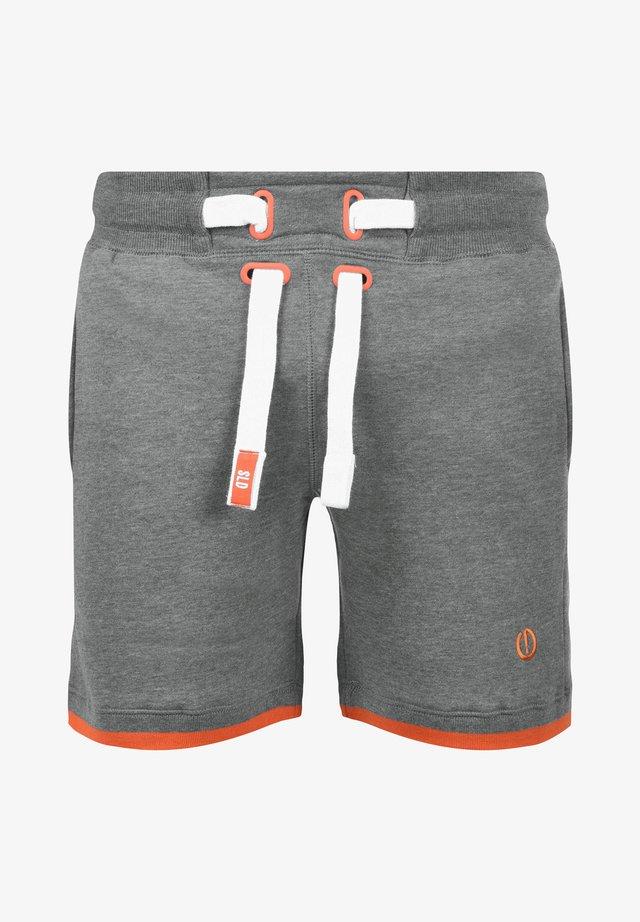 SWEATSHORTS BENJAMIN SWEATSHORTS - Shorts - grey melange