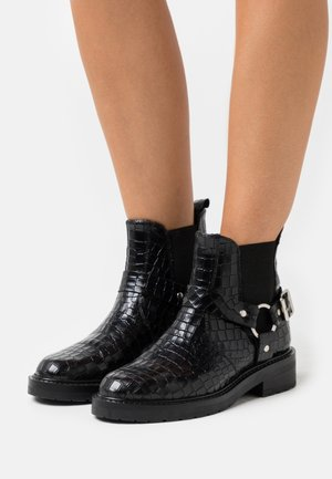 LIVA - Cowboy/biker ankle boot - black