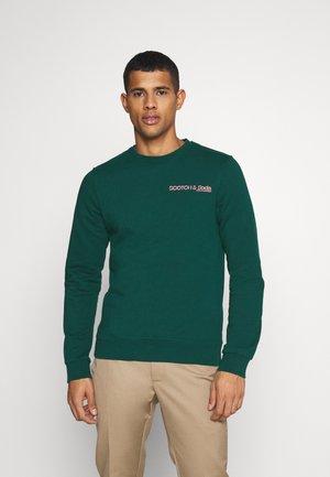 CREW NECK LOGO - Sweatshirt - jungle green