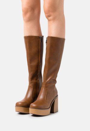 SETENTA - Platform boots - brown