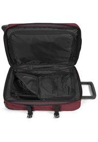 Eastpak - TRANVERZ  - Wheeled suitcase - red - 4